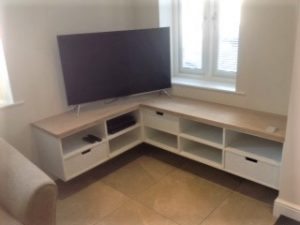 Bespoke Media unit (2)